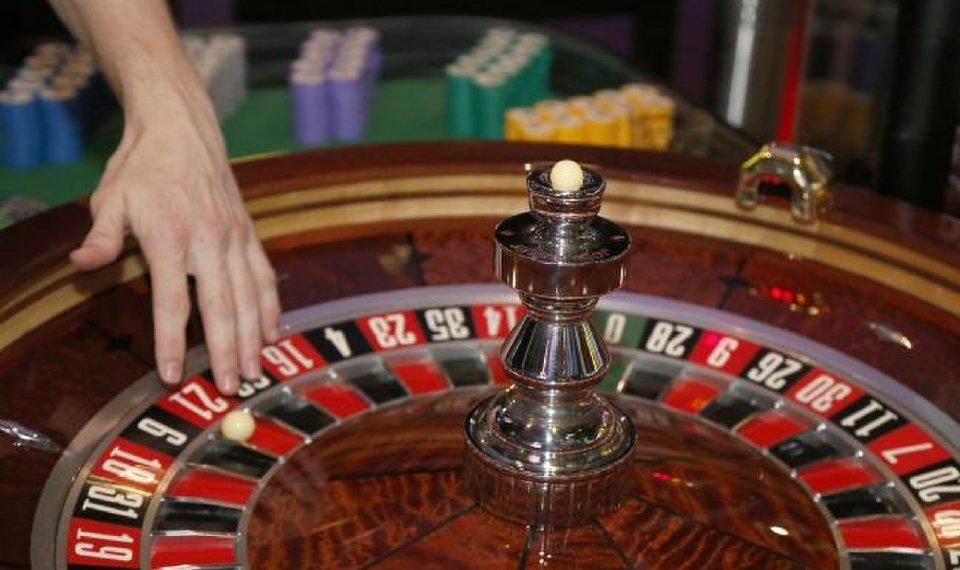 Revolutionize Your Casino With These Straightforward-peasy Tips